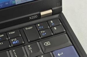 Test Lenovo X220 : un ultraportable pro et puissant !