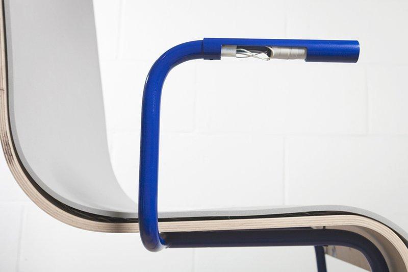 0320000008375660-photo-chaise-moov.jpg