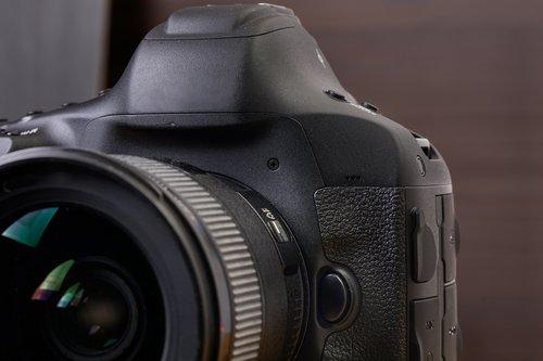appareil photo reflex fotolia clubic