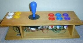011d000000054800-photo-manette-arcade-exemple-4.jpg