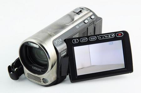 01C2000003356574-photo-panasonic-hdc-sd60.jpg