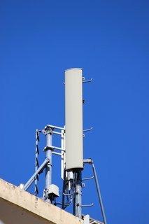 0000014007016414-photo-antenne-relais-gsm.jpg