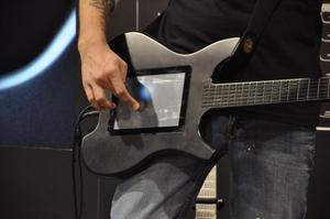 012C000003899466-photo-guitare-lectronique-kitara.jpg