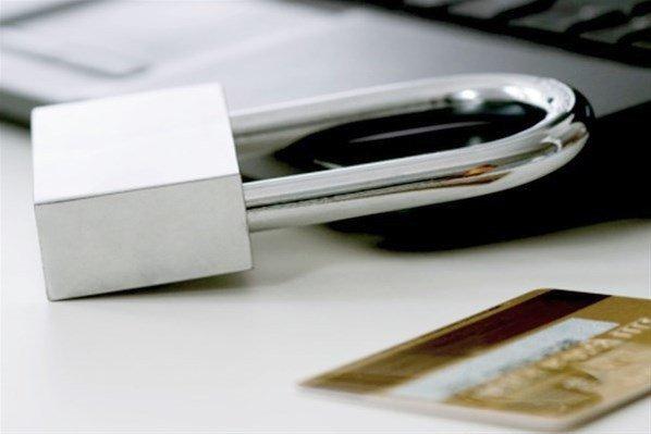 0258000005910814-photo-phishing-la-p-che-aux-donn-es-personnelles.jpg
