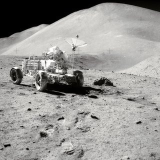 0140000007292004-photo-nasa-lunar-rover.jpg