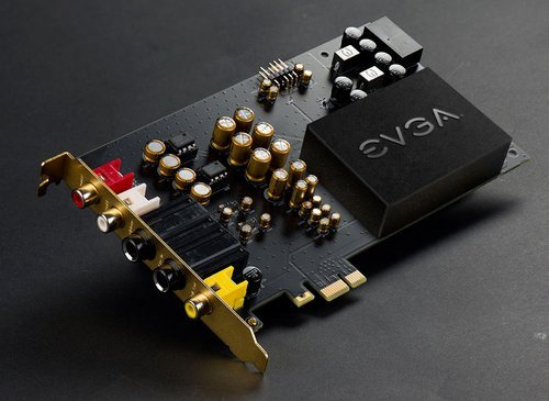 01f4000008301256-photo-evga-carte-son.jpg