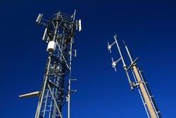00FA000002978606-photo-fotocontakt-fotolia-com-logo-relais-antenne-copie.jpg