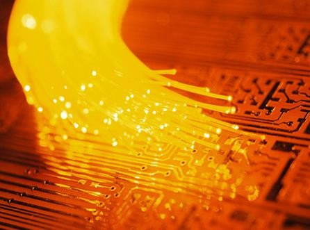 0258000005722220-photo-fibre-optique-orange.jpg