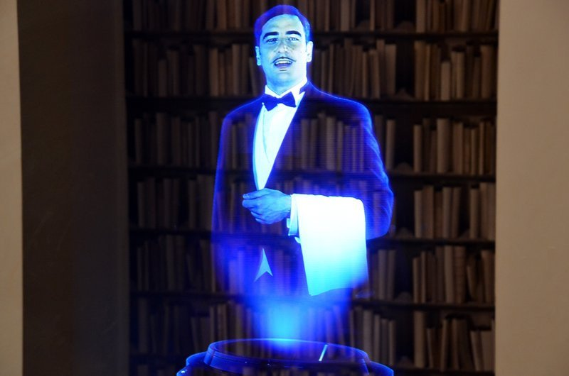 0320000008416626-photo-jerome-cartegini-hologramme-futuroscope.jpg