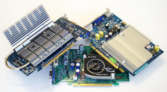 0000014000325041-photo-cartes-geforce-7300-gt-7600-gs.jpg