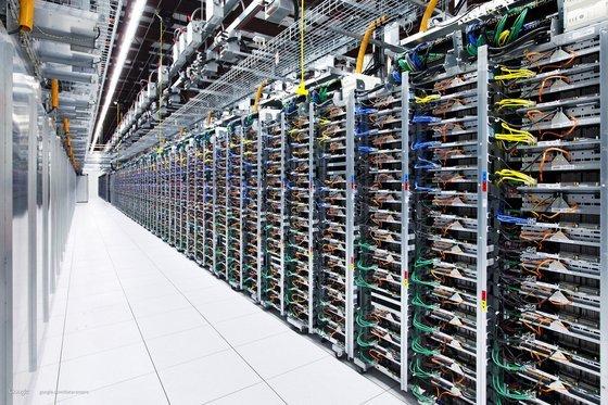 0230000005468563-photo-google-datacenter.jpg