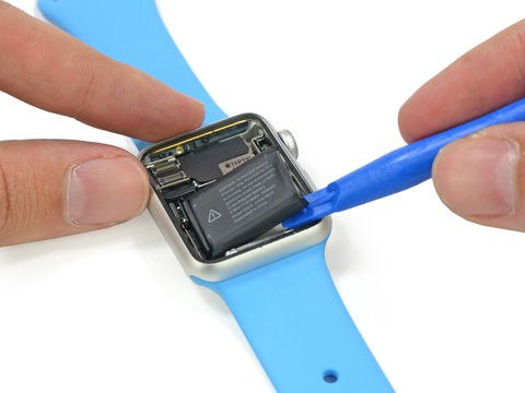 01E0000008015100-photo-ifixit-apple-watch-teardown.jpg