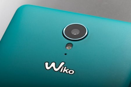 wiko lance son tommy smartphone android moins de 130 euros. Black Bedroom Furniture Sets. Home Design Ideas