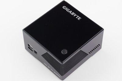 0190000007116592-photo-gigabyte-brix-pro.jpg
