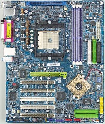 015E000000060046-photo-gigabyte-ga-k8nnxp.jpg