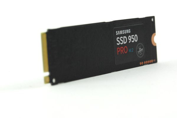 0258000008193310-photo-samsung-950-pro.jpg