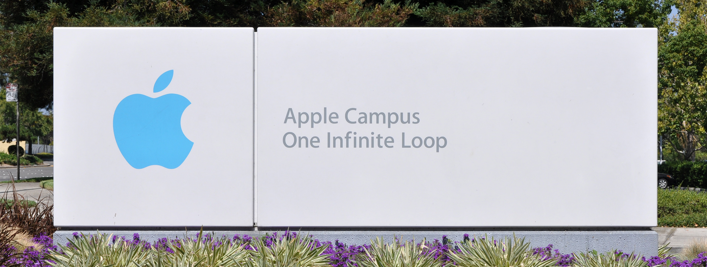 08186668-photo-apple-hq-ban.jpg