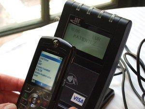 012c000000658476-photo-mobiles-sans-contact-nfc.jpg
