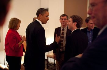 015E000004020802-photo-zuckerberg-obama.jpg