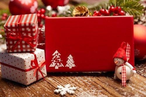 01f4000008610406-photo-cadeaux-noel-1.jpg