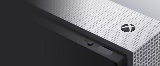 0230000008472376-photo-microsoft-xbox-one-s-ir-blaster.jpg