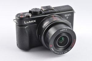 012c000004893296-photo-panasonic-gx1-2.jpg