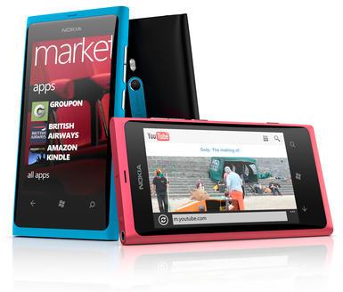 0181000004701964-photo-nokia-lumia-800.jpg