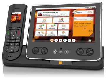 0168000003771322-photo-orange-livephone-touch.jpg