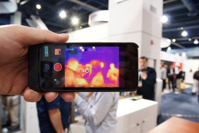 0190000007061898-photo-flir-one-cam-ra-thermique-pour-iphone.jpg