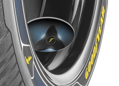 0190000008371634-photo-pneu-concept-goodyear-intelligrip.jpg