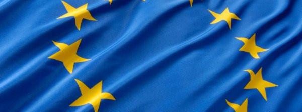 0258000008275606-photo-europe-drapeau-ban.jpg