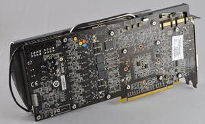 012c000004539176-photo-msi-n580-gtx-lightning-8.jpg