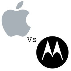 00E6000004967776-photo-apple-vs-motorola-logo-sq-gb.jpg