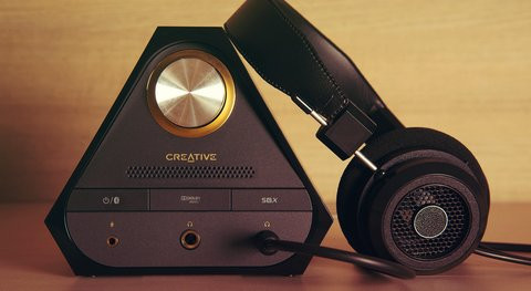 01E0000007802055-photo-creative-sound-blaster-x7.jpg