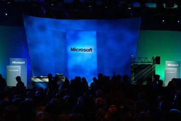 000000F000435203-photo-ces-2007-bill-gates-keynote.jpg