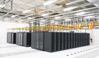 0190000005527793-photo-enovance-datacenter.jpg