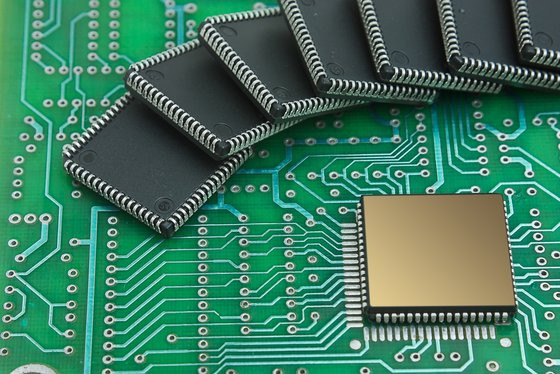 0230000007794309-photo-semi-conducteur.jpg