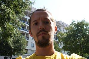 012c000004618034-photo-nikon-1-j1-sans-flash.jpg