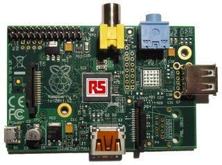 0140000005696902-photo-raspberry-pi-model-a.jpg