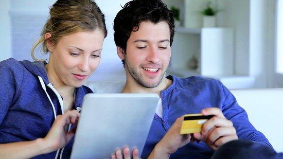 0226000008406718-photo-paiement-carte-bancaire.jpg