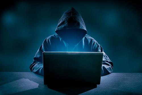 08591066-photo-hacker-darknet-pirate.jpg