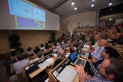 0190000005281294-photo-pr-sentation-boson-higgs-cern.jpg