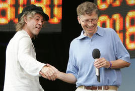 000000B400135675-photo-bill-gates-lors-du-live8.jpg