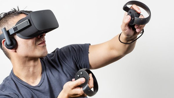 0258000008071032-photo-oculus-rift.jpg