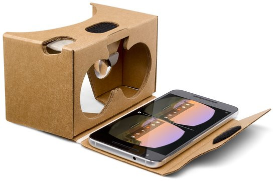 0226000008441412-photo-packshot-google-cardboard.jpg