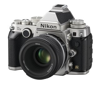 0140000006814648-photo-nikon-df.jpg