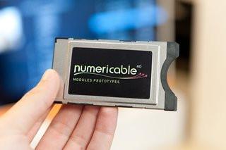 0140000005416265-photo-mini-d-codeur-numericable-module-cam-ci.jpg