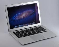 000000c804503960-photo-macbook-air-13-pouces-7.jpg