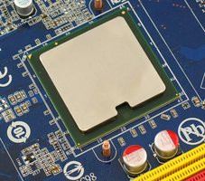 000000C800583740-photo-chipset-intel-x38-2.jpg