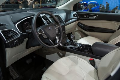 0190000007672355-photo-ford-edge-au-mondial-de-l-automobile-2014.jpg